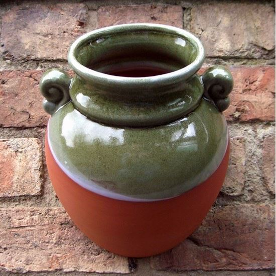 Picture of Hanging Urn Wall Pot (Green)