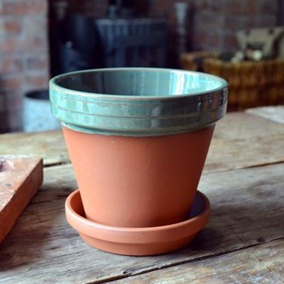 Picture of Terracotta Flower Pot & Saucer - 15cm - Green Glazed