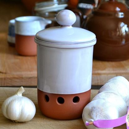 Picture of Garlic Pot with White Glaze - Holes in line