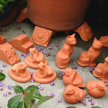 Picture of Terracotta Pot feet - 8 assorted sets of 3