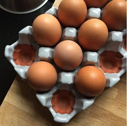 Picture of Egg Rack (12) Pale Grey Glazed
